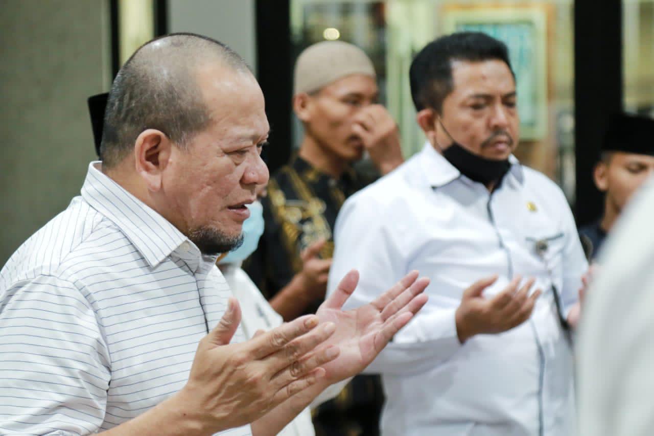 Ketua DPD RI, AA LaNyalla Mattalitti berduka dan mendo'akan Syekh Ali Jaber yang wafat pagi ini, Kamis (14/1). [Foto: Ist]