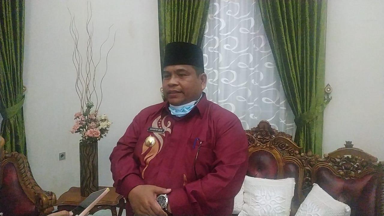 Bupati Padang Pariaman, Suhatri Bur.