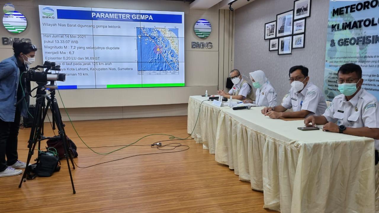 BMKG: Gempa 7,2 M di Nias Tidak Berpotensi Tsunami